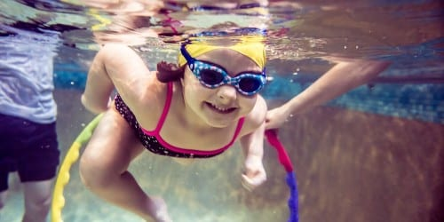 boosting water confidence in toddler swimming lessons at Blue Wave Swim School