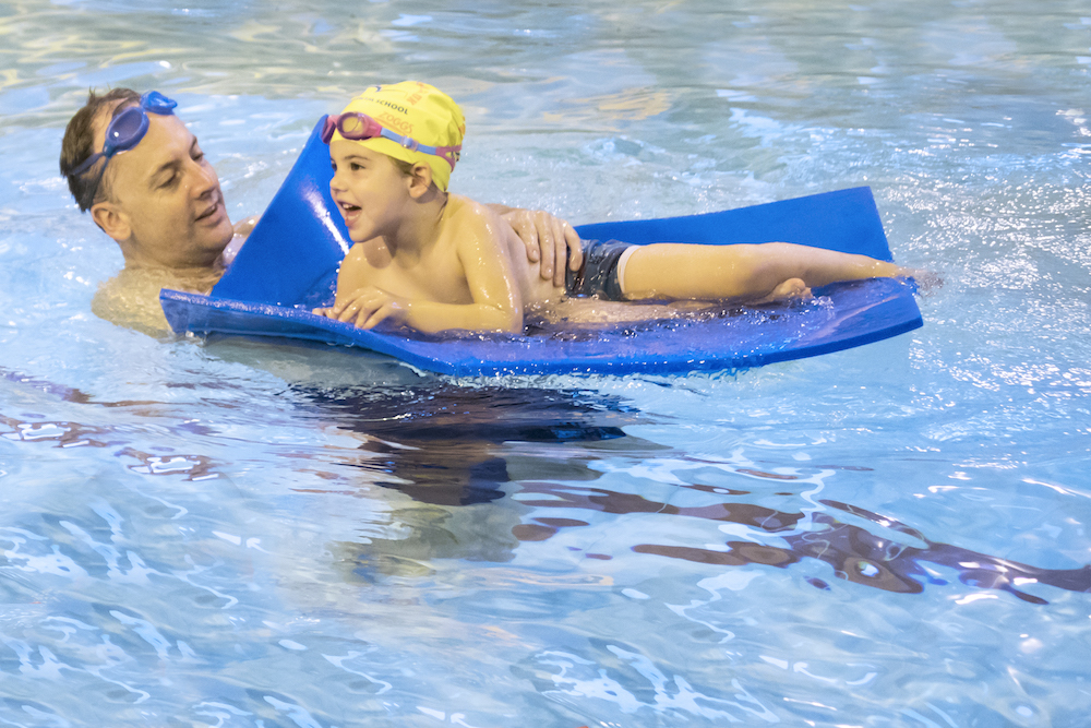 toddler swimming lessons at Blue Wave Swim School in London