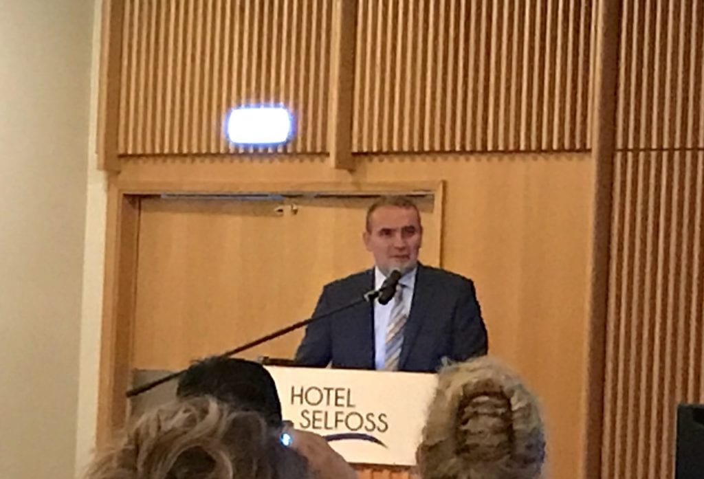Guðni Th. Jóhannesson at Nordic baby swimming conference in Iceland