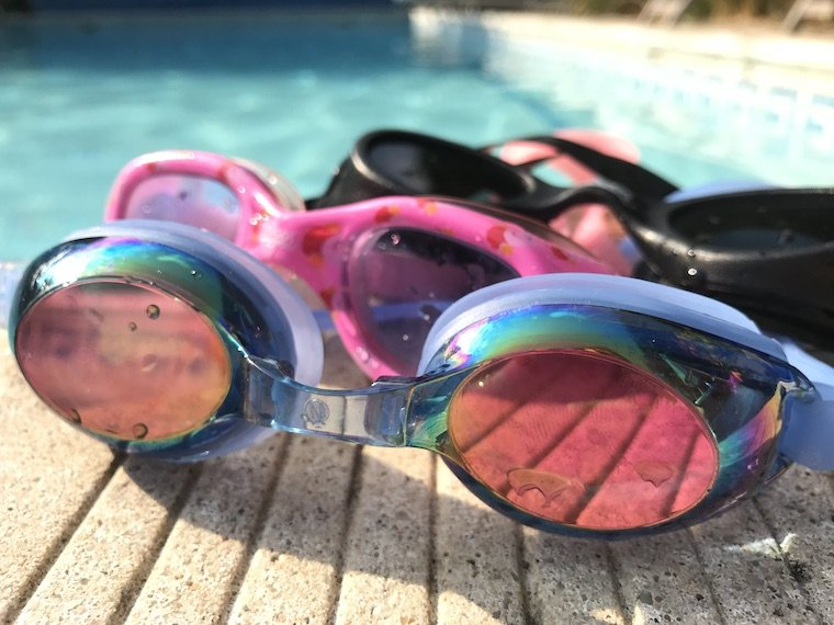 different types of swimming goggles
